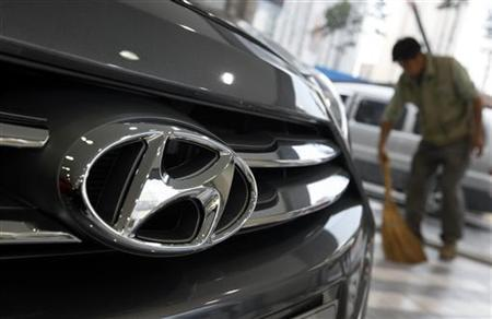 Hyundai, Kia fuel economy fiasco seen as key test; shares dive