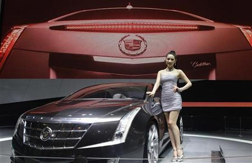 With Cadillac tweaks GM heeds China taste for models with curves