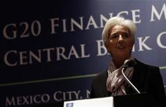Las economías más importantes del mundo se darán más margen de maniobra para cumplir con sus propias metas a fin de reducir los déficits presupuestarios, en lugar de arriesgarse a agravar la desaceleración en muchos países, entre ellos Estados Unidos. En la imagen, la directora gerente del Fondo Monetario Internacional, Christine Lagarde, durante una rueda de prensa en el segundo día del G-20 en Ciudad de México, el 5 de noviembre de 2012. REUTERS/Henry Romero