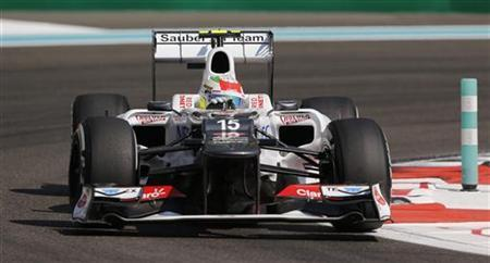Sauber Formula One driver Sergio Perez of Mexico drives during the first practice session of the Abu Dhabi F1 Grand Prix at the Yas Marina circuit on Yas Island November 2, 2012. REUTERS/Darren Whiteside