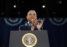 <p>El presidente de Estados Unidos, Barack Obama, aplaude a la multitud reunida el miércoles en Chicago para celebrar su reelección. Nov 7, 2012. REUTERS/Jason Reed</p>