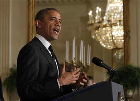U.S. President Barack Obama delivers a statement on the U.S. ''Fiscal Cliff'' in the East Room of the White House in Washington, November 9, 2012. REUTERS/Jason Reed