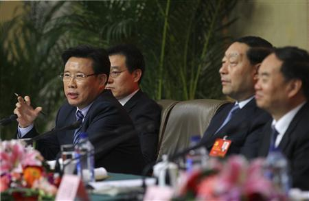 China turns corner on economy as party chooses new leaders