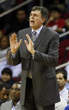 Houston Rockets head coach Kevin McHale talks to his players during their NBA basketball game against the Toronto Raptors in Houston February 28, 2012. REUTERS/Richard Carson