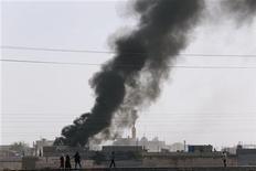 Siria, esercito israeliano spara dopo colpi mortaio su Golan. REUTERS/Murad Sezer