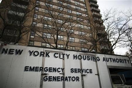 A generator provides electricity to NYCHA buildings that have no water or heat, following Hurricane Sandy in the Brooklyn borough neighborhood of Coney Island in New York November 13, 2012. REUTERS/Lucas Jackson