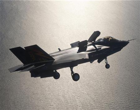 Insight: Lockheed's F-35 logistics system revolutionary but risky