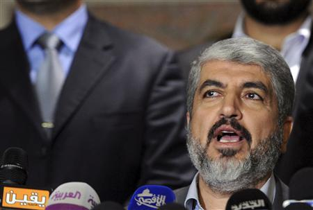 Hamas's leader in exile Khaled Meshaal speaks during a news conference in Cairo November 19, 2012. Meshaal said on Monday Israel must take the first step if it wants a truce in the conflict in Gaza. Reuters/Stringer