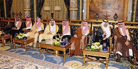Saudi Princes attend the meeting of Saudi Arabia's King Abdullah and France's President Francois Hollande at the Royal Palace in Jeddah November 4, 2012. REUTERS/Saudi Press Agency/Handout