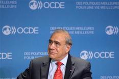 Il segretario generale dell'Ocse Angel Gurria in una conferenza stampa al quartier generale dell'organizzazione a Parigi, 29 ottobre 2012. REUTERS/Bertrand Langlois/Pool