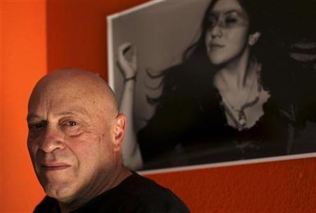 Jeff Spirer, 61, poses for a portrait in San Francisco, California November 9, 2012. REUTERS/Robert Galbraith