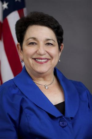 Elisse Walter is pictured in this undated SEC handout photo. President Barack Obama designated Walter as chairman not as ''acting'' or ''interim'' chairman of the U.S. Securities and Exchange Commission, on November 26, 2012. REUTERS/SEC/Handout