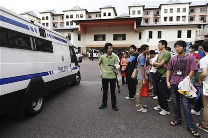 Strike by China bus drivers tests Singapore's patience - Reuters