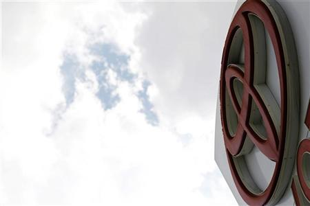 A Toyota logo is pictured at a car dealership in Pasadena, California October 10, 2012. REUTERS/Mario Anzuoni