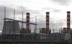 Chinesa Three Gorges quer comprar fatia estatal de 9,9 por cento na Energias de Portugal. 13/12/2011 REUTERS/Jose Manuel Ribeiro