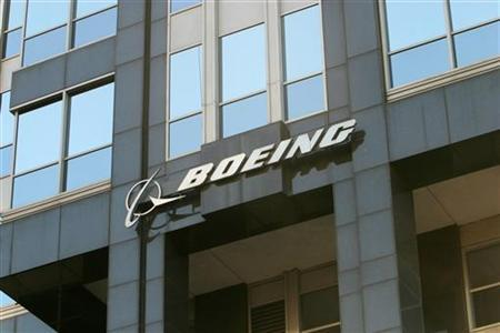 The Boeing logo is seen on the world headquarters office building in Chicago April 26, 2006. REUTERS/Stringer
