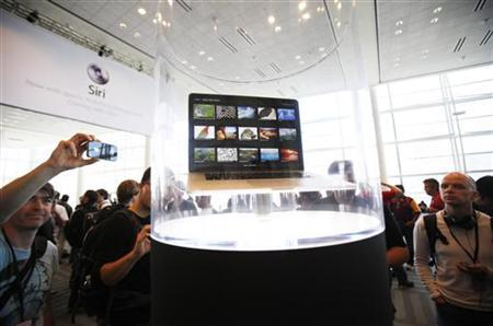 Apple, Samsung spar in court, ruling to come