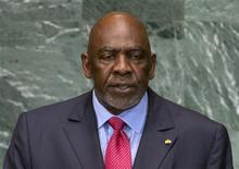 El primer ministro de Mali, Cheick Modibo Diarra, dimitió el martes, horas después de ser detenido por soldados cuando intentaba abandonar el país de África Occidental. En la imagen, el primer ministro de Mali Cheick Modibo Diarra se dirige a la Asamblea General de Naciones Unidas en la sede de la ONU en Nueva York, en esta foto de archivo del 26 de septiembre de 2012. REUTERS/Ray Stubblebine