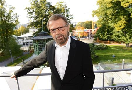 Former ABBA band member Bjorn Ulvaeus poses for photographers in front of a construction site for the ABBA museum in Stockholm October 3, 2012. REUTERS/Henrik Montgomery/Scanpix