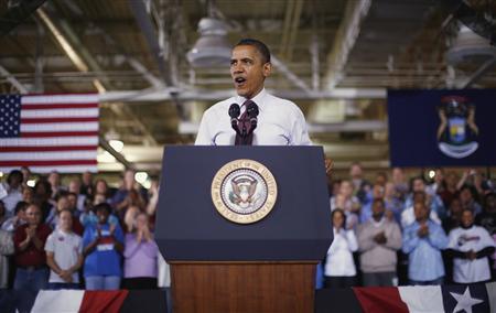 U.S. President Barack Obama delivers remarks after his tour of the Daimler Detroit Diesel plant in Redford, Michigan, December 10, 2012. REUTERS/Jason Reed