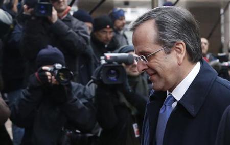 Greece's Prime Minister Antonis Samaras arrives at a European Union leaders summit in Brussels December 14, 2012. REUTERS/Francois Lenoir (BELGIUM - Tags: POLITICS BUSINESS)