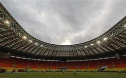 El estadio Luzhniki de Moscú albergará la final del Mundial de 2018, según confirmó el viernes la FIFA a través de un comunicado. En la imagen de archivo, el estadio Luzhniki de Moscú antes de una partido de clasificación para el Mundial 2014. REUTERS/Maxim Shemetov