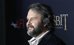 "Director Peter Jackson arrives for the premiere of his movie ""The Hobbit: An Unexpected Journey"" in New York December 6, 2012. REUTERS/Carlo Allegri"