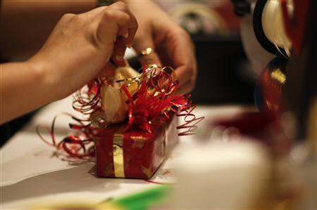 Special Report: EU threat spotlights perfume makers' secrets