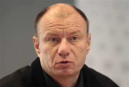 Vladimir Potanin speaks with journalists at the Reuters office in Moscow in this September 15, 2010 file photo. REUTERS/Alexander Natruskin/Files