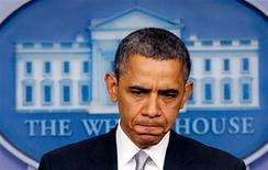 El presidente estadounidense, Barack Obama, dijo el miércoles que está buscando recomendaciones políticas concretas, no más allá de enero, con el objetivo de frenar la violencia armada en el país. En la imagen, el presidente de EEUU, Barack Obama, se dirige a la prensa en la Casa Blanca, el 19 de diciembre de 2012. REUTERS/Kevin Lamarque