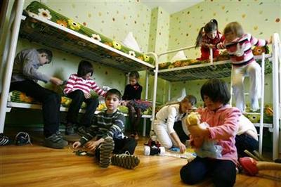Would-be adoptive parents look beyond Russia