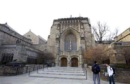 The Sterling Memorial Library at Yale University in New Haven, Connecticut, November 28, 2012. REUTERS/Michelle McLoughlin