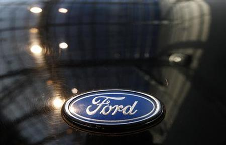 A logo of a Ford car is pictured during a press presentation prior to the Essen Motor Show in Essen November 30, 2012. REUTERS/Ina Fassbender (GERMANY - Tags: TRANSPORT SOCIETY)