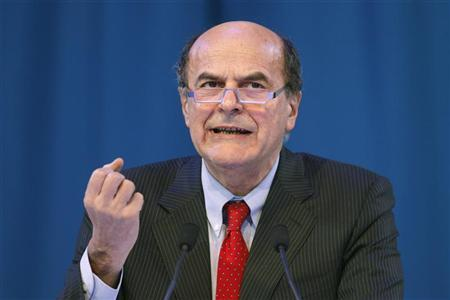 Pier Luigi Bersani delivers a speech during a political rally with European Socialists in Paris, March 17, 2012. REUTERS/Benoit Tessier