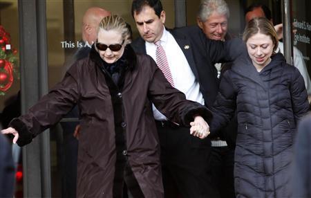 Hillary Clinton leaves New York hospital, then returns - media