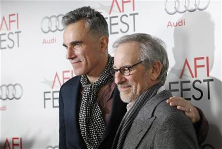 Director of the movie Steven Spielberg (R) and cast member Daniel Day-Lewis pose at the premiere of ''Lincoln'' during the AFI Fest 2012 at the Grauman's Chinese theatre in Hollywood, California November 8, 2012. The movie opens in the U.S. on November 16. REUTERS/Mario Anzuoni/Files