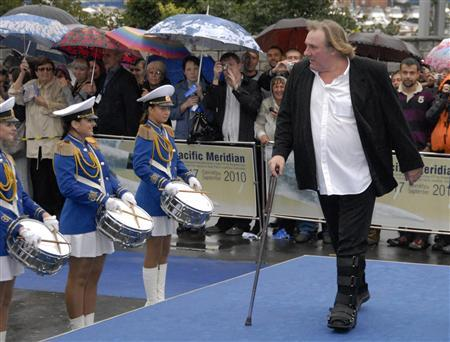 French actor Gerard Depardieu arrives for the Pacific Meridian International Film Festival in the far eastern Russian city of Vladivostok in this September 17, 2010 file photograph. REUTERS/Yuri Maltsev/Files