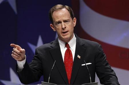 U.S. Senator Pat Toomey (R-PA) speaks to the 38th annual Conservative Political Action Conference meeting at the Marriott Wardman Park Hotel in Washington, February 10, 2011. REUTERS/Larry Downing