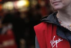 La chaîne de magasins de produits culturels et multimédias Virgin Stores, qui emploie un millier de salariés en France, projette de se déclarer en cessation de paiement, victime notamment de l'effondrement du marché des CD et des DVD. /Photo prise le 4 janvier 2013/REUTERS/Christian Hartmann