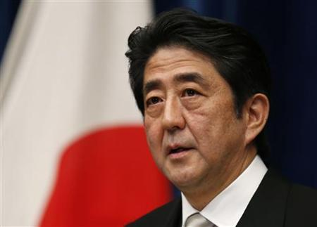 Japan's new Prime Minister Shinzo Abe attends a news conference at his official residence in Tokyo December 26, 2012. REUTERS/Toru Hanai