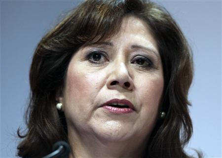 Latina pioneer Solis resigning as labor secretary