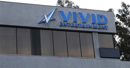 The logo of pornographic film production company Vivid Entertainment Group is seen on the building of its headquarters in Los Angeles, California January 11, 2013. REUTERS/Mario Anzuoni