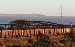 Rio Tinto pretende aumentar produção de minério de ferro em 15 por cento neste ano. Companhia superou a própria meta de produção no ano passado. 20/04/2011. REUTERS/Daniel Munoz