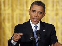 """El presidente de Estados Unidos, Barack Obama dará a conocer el miércoles una serie de """"propuestas concretas"""" para contener la violencia con armara en Estados Unidos, que incluirá un impulso a la prohibición de las armas semiautomáticas y medidas para fortalecer los controles sobre los compradores. En la imagen del 14 de enero, Obama responde a las preguntas en una rueda de prensa en la Casa Blanca en Washington. REUTERS/Jonathan Ernst"""