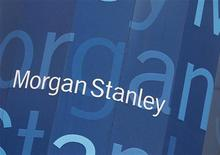 """Штаб-квартира Morgan Stanley в Нью-Йорке, 9 января 2013 года. Американский Morgan Stanley нанял бывшего зампреда ЦБР и Минфина Олега Вьюгина консультировать свою """"дочку"""" в РФ по вопросам ведения бизнеса. REUTERS/Shannon Stapleton"""
