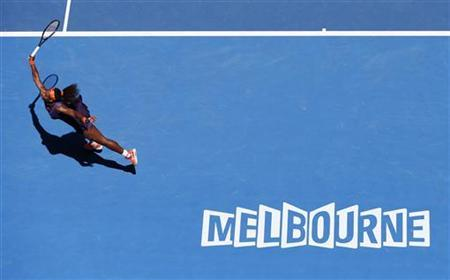 Serena Williams of the U.S. hits a return to compatriot Sloane Stephens during their women's singles quarter-final match at the Australian Open tennis tournament in Melbourne, January 23, 2013. REUTERS/Tim Wimborne