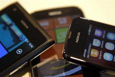 Nokia smartphones are seen in this photo illustration taken in Bucharest January 24, 2013. REUTERS/Bogdan Cristel