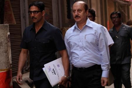Real-life jewellery heist inspires Bollywood thriller 'Special 26'