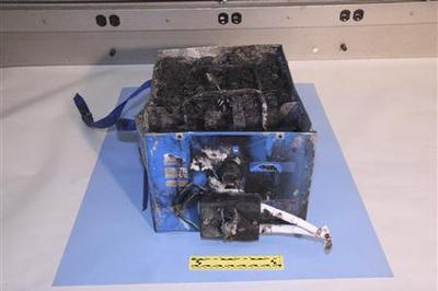 Burnt circuit boards snag Japan Boeing 787 probe