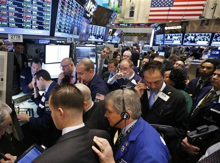 Global shares, euro rise as economic outlook brightens